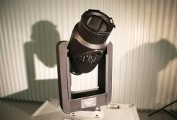VL1000 AS w/case, hooks & brackets. Excellent Condition!!